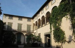 palazzo mansi wikipedia.jpg
